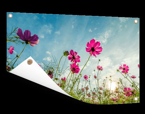 Bloemenfoto op tuinposter afdrukken